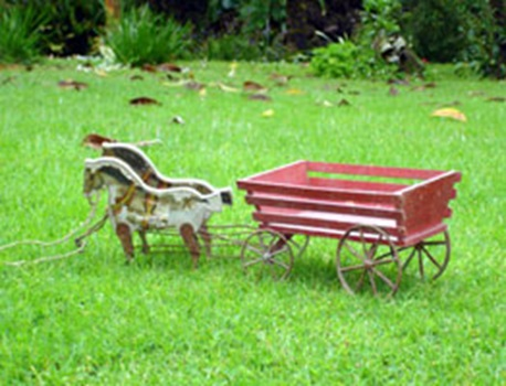 Horse and cart toy