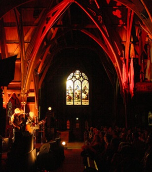 Paul Kelly plays Old St Paul's