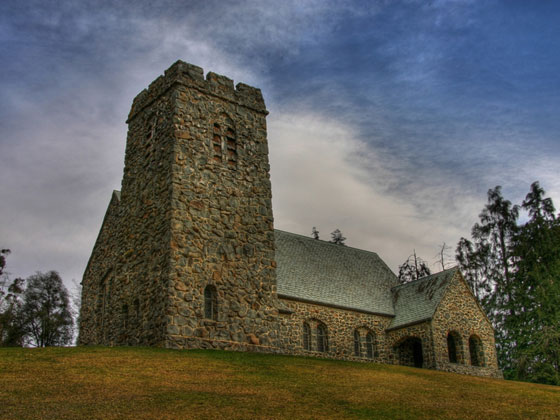 St David's Pioneer Memorial Church, Cave