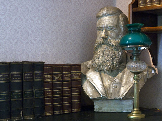 Bust and books at Hurworth